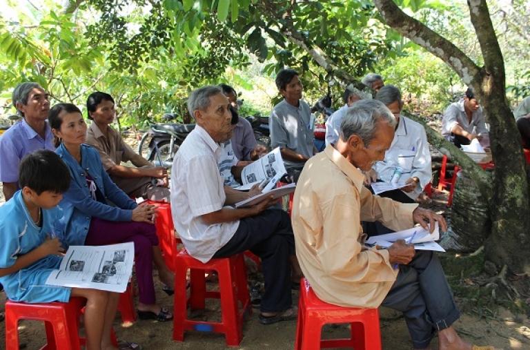 """""""Bàn Thông Tin Di Động"""" tổ chức tại Huyện Đạ Tẻh Tỉnh Lâm Đồng"""