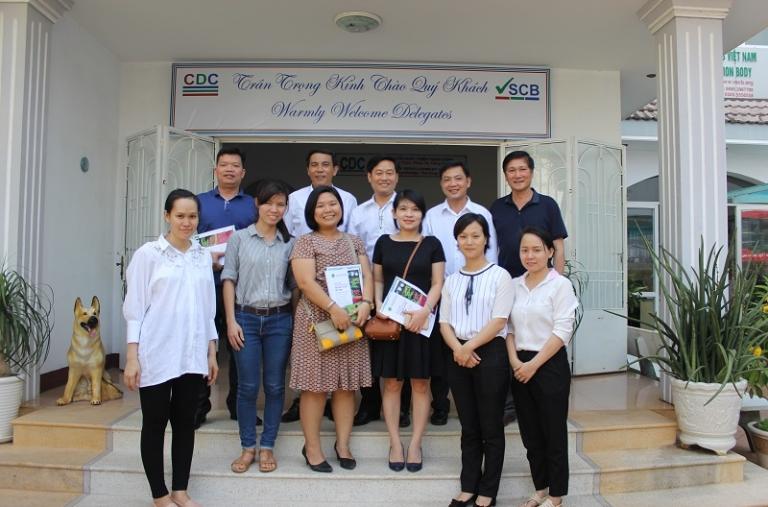 Ban quản lý dự án VnSAT đến thăm và làm việc tại Trung Tâm Phát Triển Cộng Đồng sau hội nghị triển khai kế hoạch năm 2017 của dự án chuyển đổi nông nghiệp bền vững tại 5 tỉnh Tây Nguyên