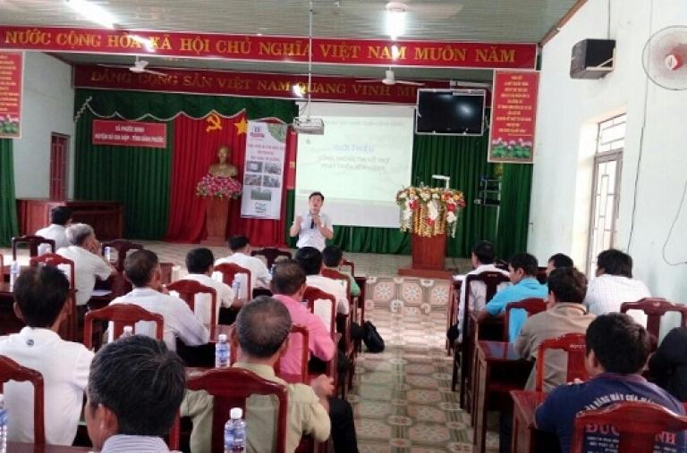 CDC tổ chức Bàn Thông Tin Di Động cho nông dân huyện Bù Gia Mập, tỉnh Bình Phước