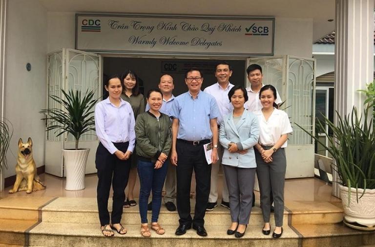 Ông Lê Văn Hiến - Giám đốc Dự án VnSAT Trung ương và Ông Cao Thanh Sơn - Phó Giám Đốc Dự án VnSAT Trung ương thăm, làm việc tại Trung Tâm Phát Triển Cộng Đồng