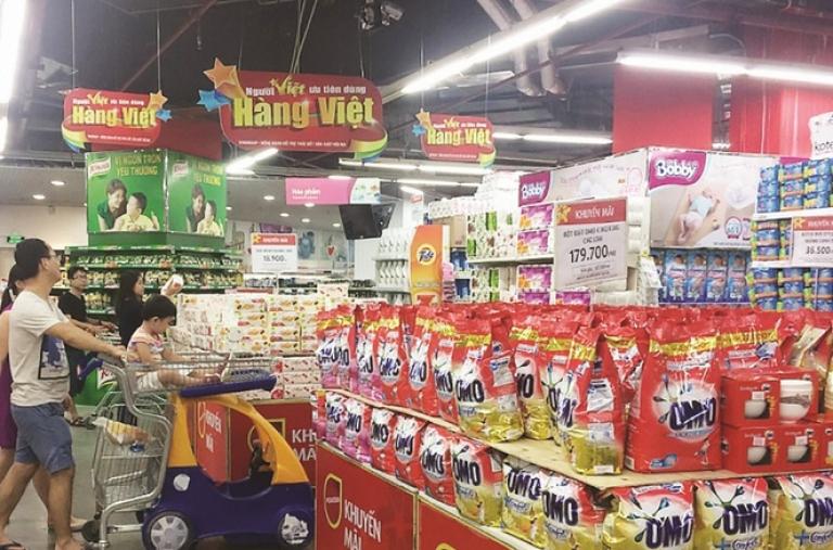 """Không còn khái niệm """"sân nhà"""" cho hàng Việt"""