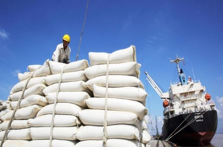 Xuất khẩu ngày 6-9/4: Kim ngạch hàng Việt sang Mỹ và Trung Quốc đều tăng hơn 32%; lý do xuất khẩu gạo giảm 30,4%